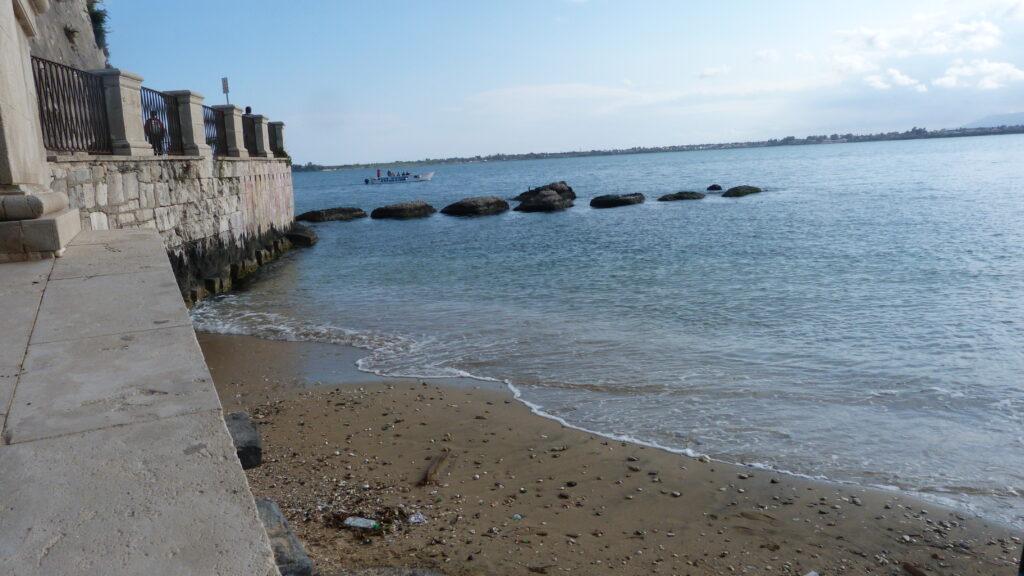 Une plage à Syracuse