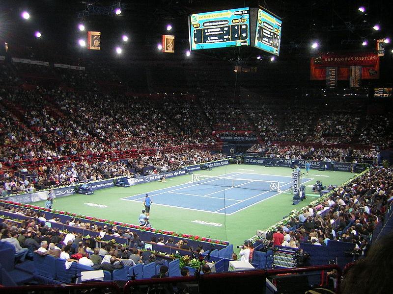 800px-Nadal_VS_Wawrinka_2007_Paris