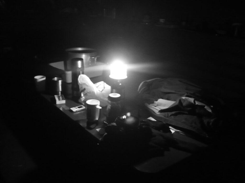 Un poêle la nuit
