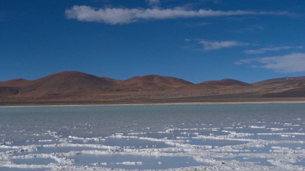 La croute de sel de la Lagune de tuyajto