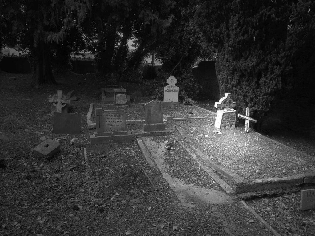 Une tombe de Monasterboice