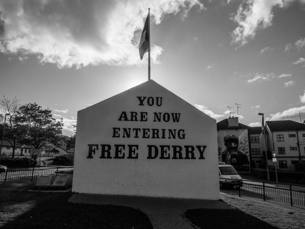 Le Free Derry Corner