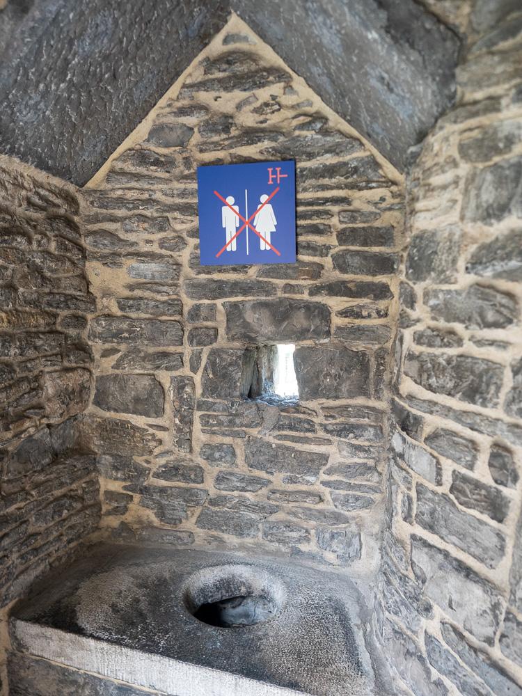 Les WC du chateau des comtes de Flandre
