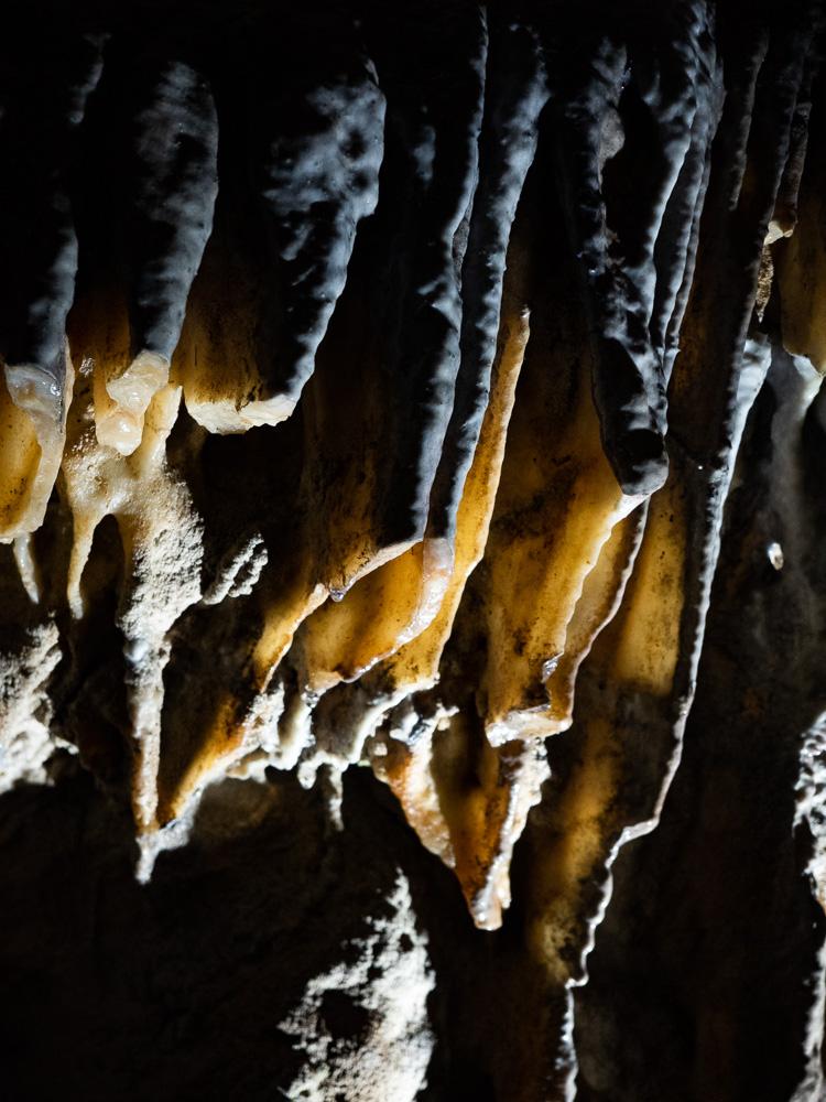 La dentelle des grottes de Han