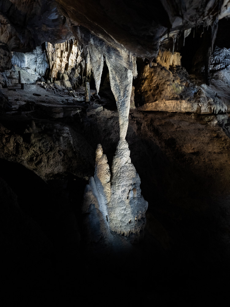 Rencontre minérale aux grottes de Han